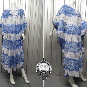 Vintage 70s Embroidered Kaftan Hippy Dress Batik Print Tie Dye Angel Sleeve Blue and White Hostess Dress Oversized Gown 1970 Clothing Caftan