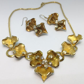 Vintage Statement Piece Calla Lily Necklace, Diamond Cut Brass Calla Lily with Rhinestones, Matching Earrings, Fabulous!