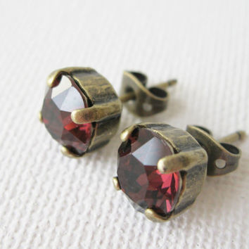 Burgundy Stud Earrings Rustic Bridal Simple Classic Post Bridesmaid Earring Burgundy Wedding Swarovski Elements Deep Red Studs