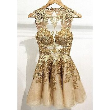 Fashionable 2015 Cocktail Dresses Gold Applique A Line Homecoming Dresses Crew Neck Sleeveless Zip Back Mini Short Prom Gowns