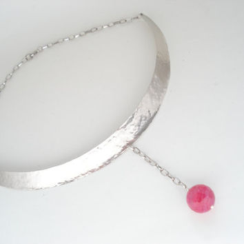 German Silver Collar Necklace-Handmade Metalwork Necklace-Fuchsia Faceted Ball 20mm Striped Agate