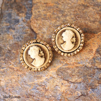 Cameo Antique Earring