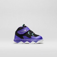 Nike LeBron Soldier VIII  Infant/Toddler Kids' Shoe Size 9C (Purple)