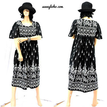 80s tunic dress / S / M / boho Indie cotton tunic tent dress  / black / white 1980s loose fit kaftan / muumuu dress / SunnyBohoVintage