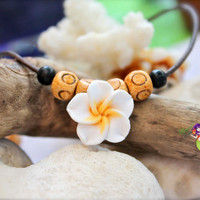 Plumeria Anklet made in Hawaii, Hawaiian Jewelry, White Flower Ankle Bracelet for Beach Brides