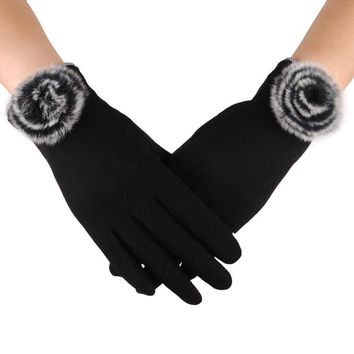 Beautiful cheap Womens Fashion Winter Outdoor Sport Warm Gloves luvas femininas para o inverno sport eldiven