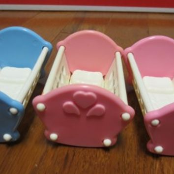 Vintage Fisher Price Dream Doll House Baby Cradle Toy Collectible