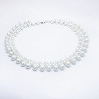 FREE SHIPPING. White   Pearl  Classic necklace