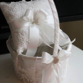 Wedding Pillow and Basket Set in Off-White Color \ Lace Basket Pillow Set \ White Lace Ring Bearer Pillow and Flower Girl Basket Ring Holder