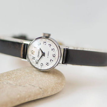 Minimalist Women Watch Small, Ladies Wristwatch Round, Watch Women Tiny Gift Her, Delicate Lady Watch Seagull Mechanical, Leather Strap New