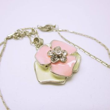NECKLACE JEWELRY Pink Enamelled Flower Silver Outline White Background Small Flower Pendant Rhinestone Center Silver Box Chain Gift Ideas