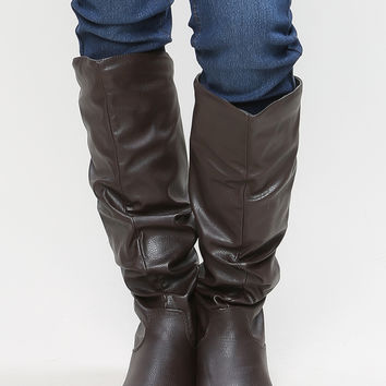 Winter Essential Long Flat Boots