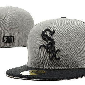 CREY8KY Chicago White Sox New Era MLB Authentic Collection 59FIFTY Hat Grey-Black