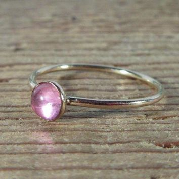 CREYXF7 Stacking Ring Gold Pink Saphire Gemstone