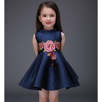 Girl's Fashion Dresses flower Embroidery baby girl Luxurious dress Party dress girls cotton Dress children clothes