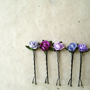 Orchid Purple Paper Rose Bobby Pins. Handmade Wedding Hair Accessories. Ombre Spring Hair Pins in Lavender, Periwinkle, Wisteria, Plum