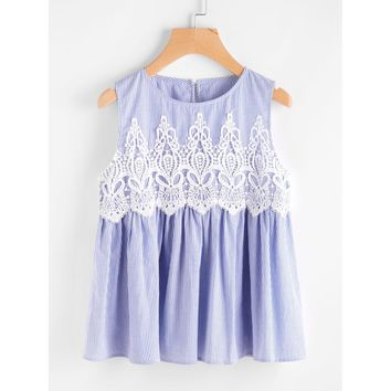 Lace Applique Buttoned Keyhole Smock Shell Top