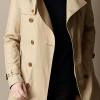 Mid-Length Trench Coat With Warmer