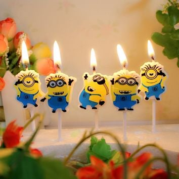 Theme birthday party Cartoon Despicable me Minions Cute Novelty Birthday Party Candle Home party decoration Candles for kids ZZZ