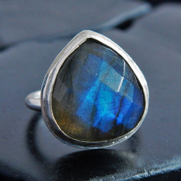 Pear Shaped Labradorite and Sterling Silver Ring, Blue Gemstone, Checkerboard Cut, Natural Gemstone, Statement Ring, Boho Ring, Gift for Her
