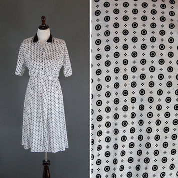 Vintage Polka Dot Dress / Black and White / Day Dress / Size Medium