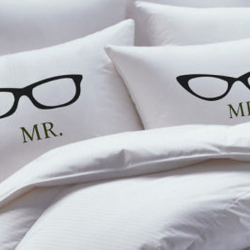His Hers Pillowcase set, nerdy, geeky glasses, pillowcases, pillowcase set