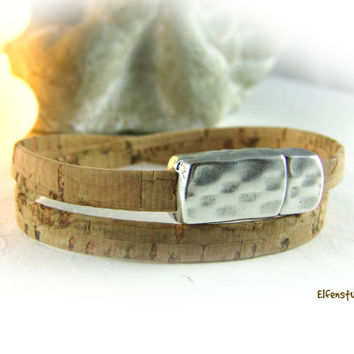 cork bracelet unisex light brown silver - magnetic clasp - toasted almond - for him - for her
