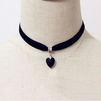 PEAPUG3 Vintage Black Velvet Choker Crystal Heart Pendant Gothic Handmade PUNK Necklace (Size: 35 cm, Color: Black) = 1946157764