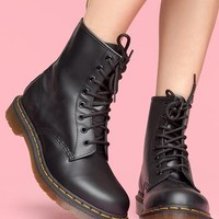 Classic 8 Eye Boot - Smooth Black