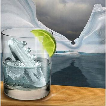 Titanic Ice Mold Silicone Mold Cooking Tools Cookie Cutter Ice Molds Ice Trays Silicone Mold Cupcake Box Cupcake Stand Tools