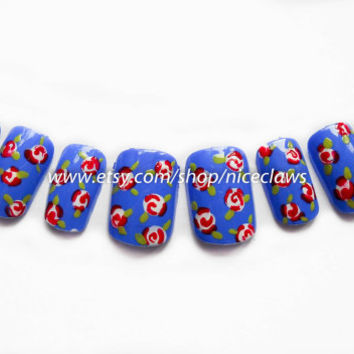 Vintage Roses Fake Nails Blue with Roses by niceclaws on Etsy