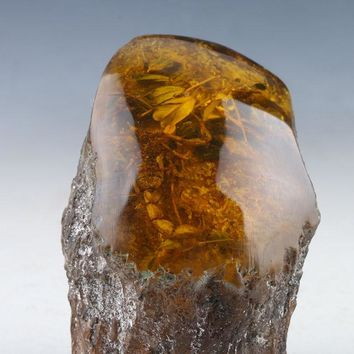 100% Natural Amber Statue With Scorpions