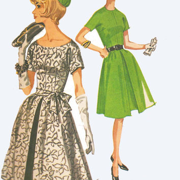 1950s-60s Vintage McCall Pattern fitted Dress Wedding