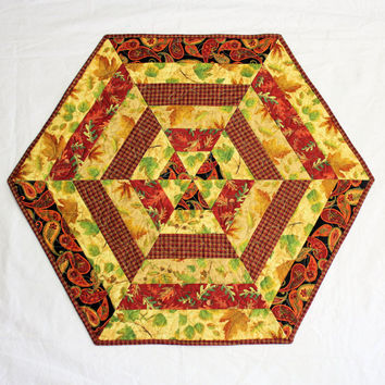 Hexagon Autumn Table Runner Quilt or Candle Mat with Fall Leaves in Gold, Rust Brown and Black, Fall Hexagon Quilted Table Runner