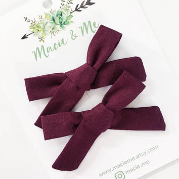 Burgundy Pigtail Bows / Girls Hair Bows / Alligator Clip / No Slip Grip / Macie and Me / Pigtail Bows / Hand Tied