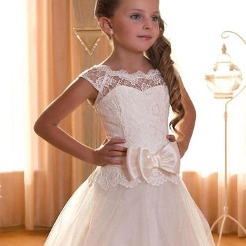 First Communion Dresses for girls With Bow 2016 Cap Sleeve Ivory Lace Flower Girl Dress for Weddings Lace up Back
