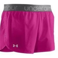 NEW Womens Under Armour UA Running Shorts Heatgear SZ L workout/walking pink