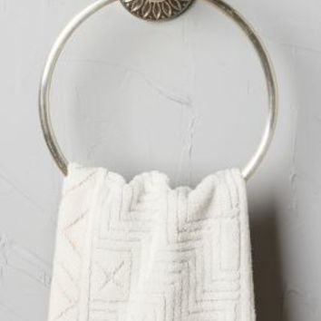 Floral Imprint Towel Ring by Anthropologie in Antique Silver Size: Towel Ring Rings