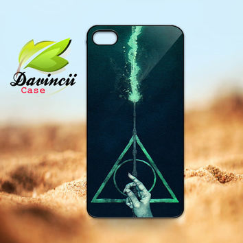 iPhone 4 4s / 5 Case - Harry Potter Deathly Hallows Expecto Patronum Apple iPhone Case -  Hard Case iP4 ( Black / White Color Case )