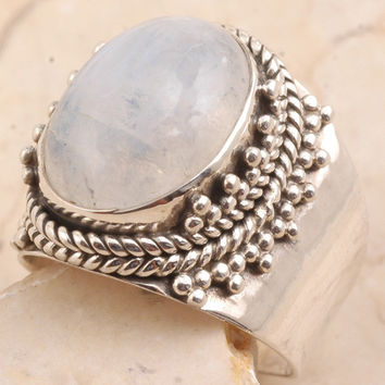 Tasteful Rainbow Moon Stone Ring in 925 Sterling Silver