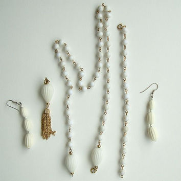 White Tasseled Bead Set Necklace Convertible Bracelet Dangle Earrings Vintage Jewelry