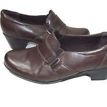 CLARKS Bendables  womens Brown shoes size 9.5 M Loafers Low Heels