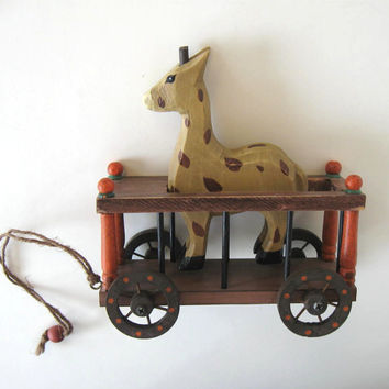 Vintage Wood Pull Toy, Giraffe in a wooden Cage, Toys, Kids, Nursery decor