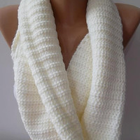 womann Infinity Scarf  Circle Scarf   Knit Fall Scarf   Pearl color