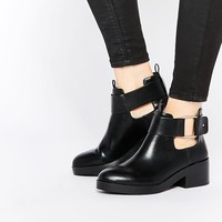 Pull&Bear Buckle Ankle Boot