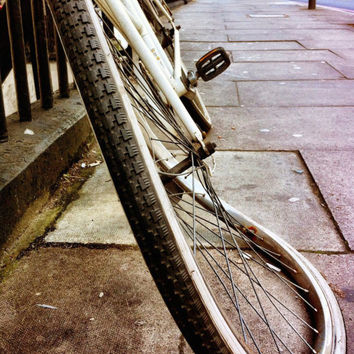 Baker Street Bike | Fine Art Photography | Transportation | Bike | London | Travel Photography | Abstract Photo | Street Architecture