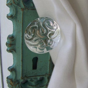 Vintage-Inspired Decorative Cast Iron Door Plate and Glass Knob