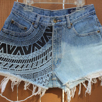 Half Bleached with Design High Waisted Shorts