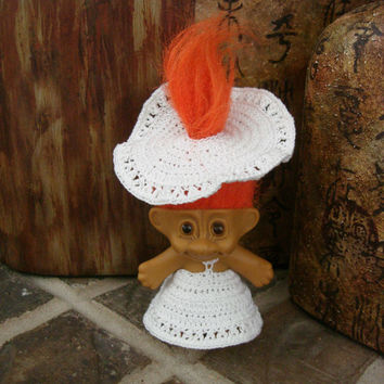 "Crochet Troll Outfit White Dress & Hat Clothes fit 3"" vintage trolls dolls"