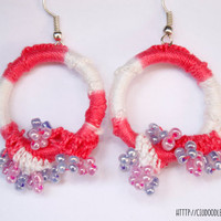 Macrame Soft earrings -Loop earrings with cotton thread in pink and white and nice pastel glass beads